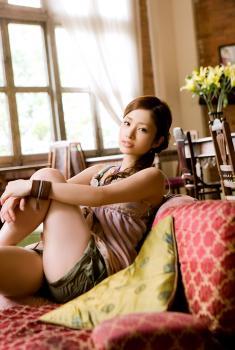 aya_ueto_room0041.jpg