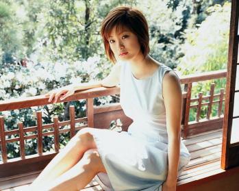 aya_ueto_room0049.jpg