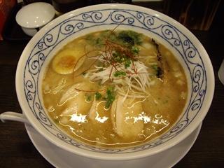 あら焼鶏白湯カシムラ 濃厚あら焼き鶏白湯そば
