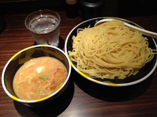 麺屋武蔵武骨外伝濃厚つけめん910円