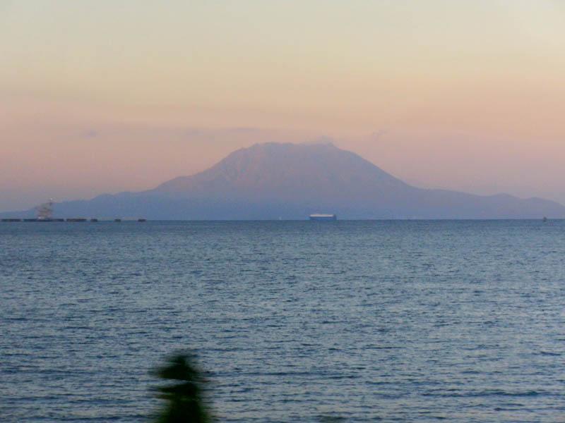 夕日の桜島