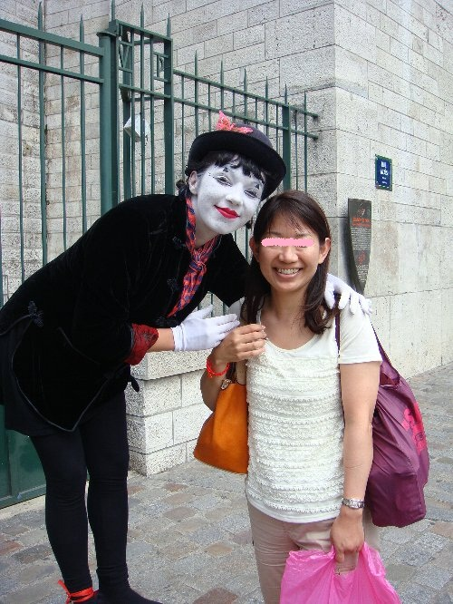 パントマイムのお姉さんと美和ちゃん