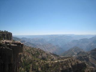 渓谷の眺め