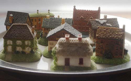 皿の上の家2