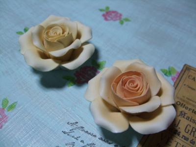 バラの置き物