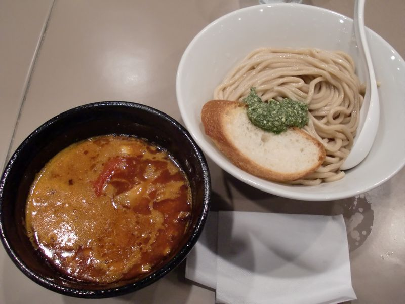 五ノ神製作所@新宿南口・海老トマトつけ麺