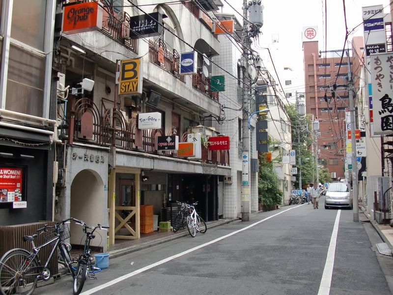 GACHI@新宿・路地