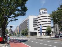 鈴蘭@新宿三丁目・海老つけ・交差点