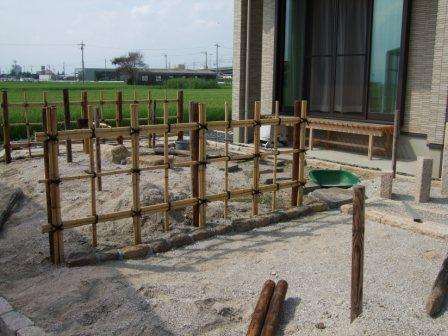 造園工事 四つ目垣