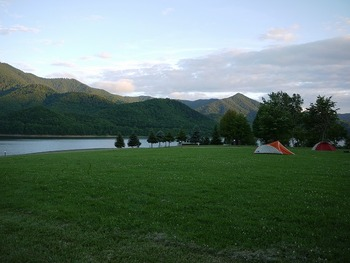 かなやま湖キャンプ場