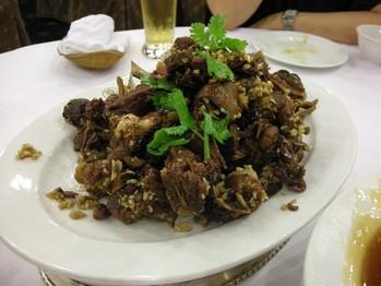 残った北京ダックの肉
