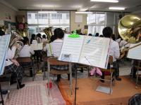 10.6.30 新居浜東高校ブラスバンド1