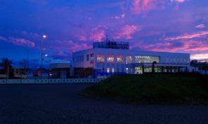 青森港フェリーターミナルの夕日2