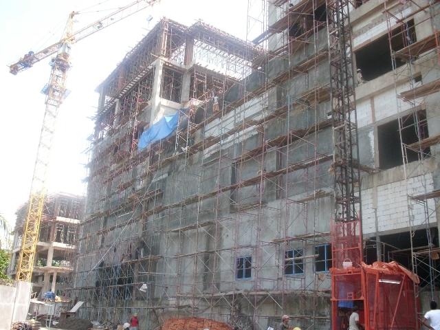 マタラム大学医学部付属病院建設現場