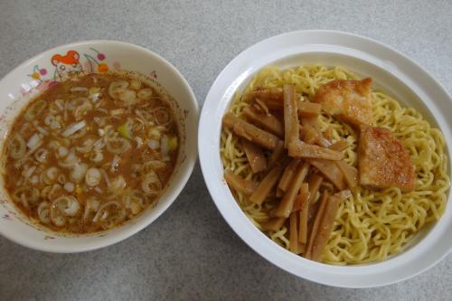 100620-103つけ麺完成(縮小)