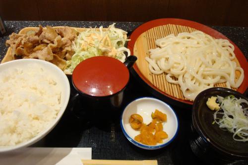100730-004生姜焼き定食(縮小)
