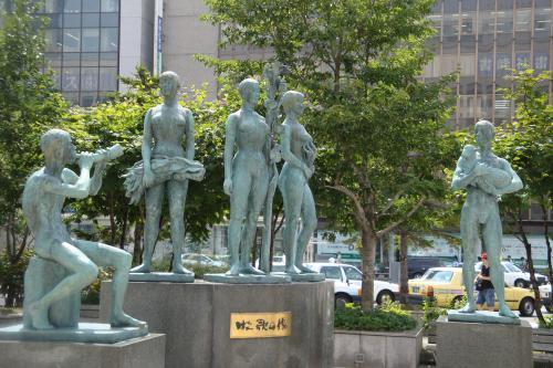 100810-004牧歌の像(縮小)