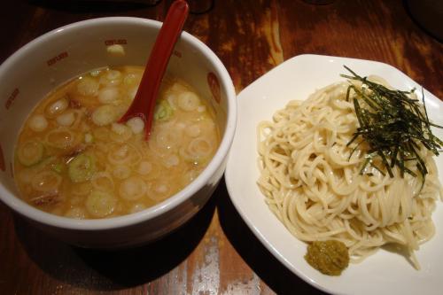 100903-006つけ麺登場(縮小)