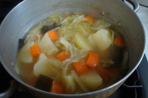 101003-030野菜のスープ煮(縮小)