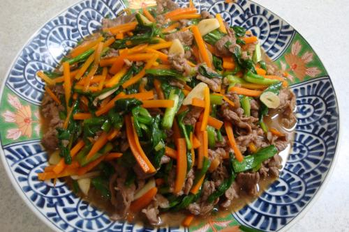 101010-010牛肉とにらの炒め(縮小)