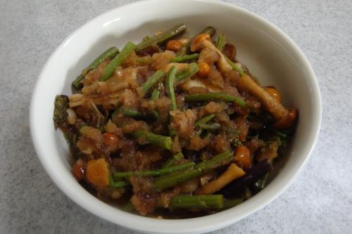 101123-030山菜のおろし和え(縮小)