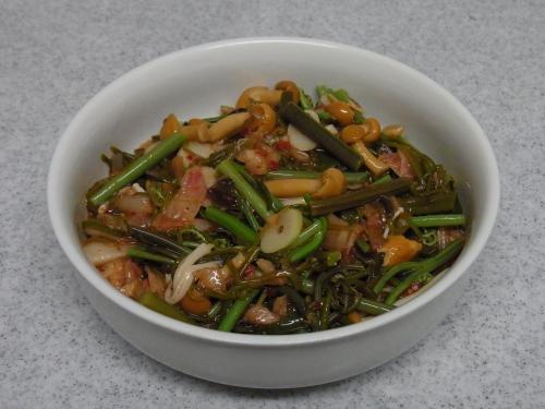 110326-030山菜めかぶキムチ和え(縮小)