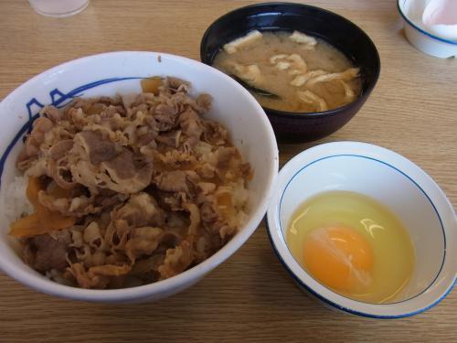 110402-102牛めし(縮小)