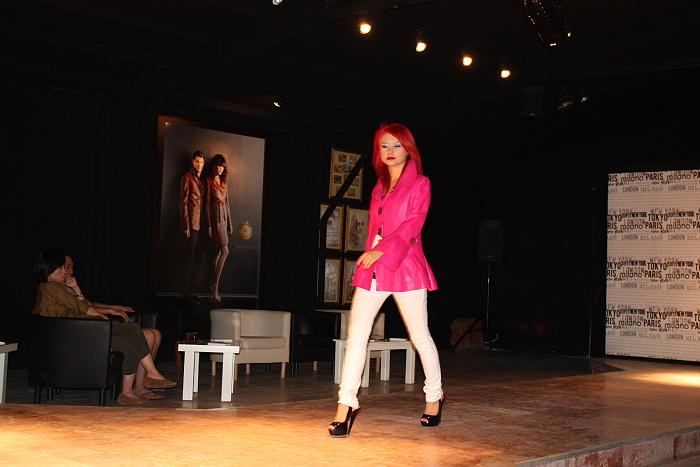 120813ファッションショー (1)