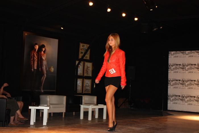 120813ファッションショー (3)