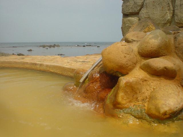 湯口と日本海