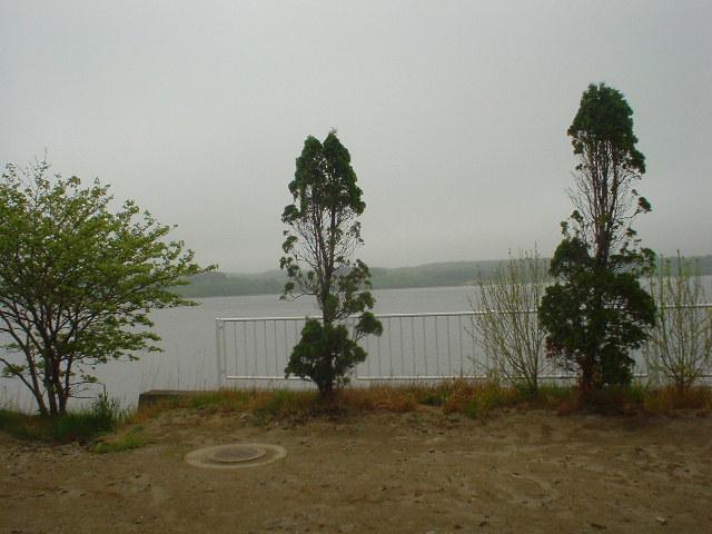 露天から望む平沼の景色