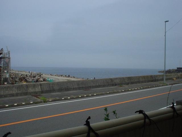 窓際から望む海が素敵なんだなぁ~!!!