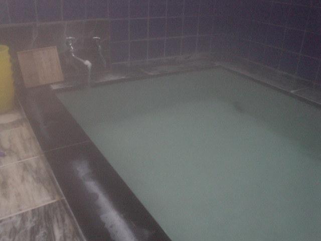 深めの浴槽