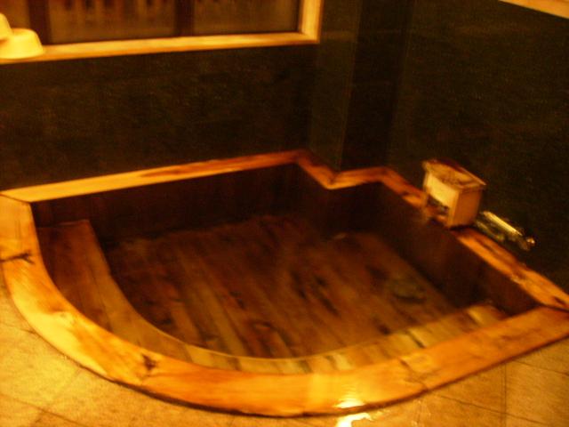 ヒノキ浴槽