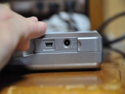 SDメディアストレージ USB