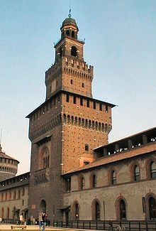 220px-Milano_Castello_1.jpg