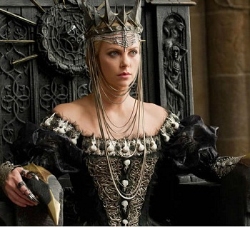 snow-white-and-the-huntsman-charlize-theron-universal.jpg