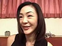 【無修正】セックスレスの28歳熟女さんと3P中出し!!