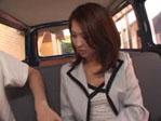 ナンパした綺麗な人妻を車内で感じさせ御奉仕してもらっちゃう!