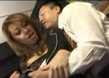 人妻熟女で抜く男の日記:セレブ淫乱社長秘書とオフィスで濃厚ファック!