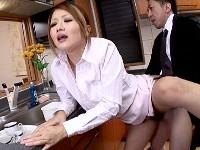 ■【無修正】【陵辱】美人で巨乳な若妻は夫の上司達に二穴を同時に犯されます!!