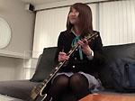 【無修正】ゆい19歳 ギターを抱えた制服娘に無許可中出し!PornHost