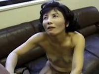 ギリギリ熟女:【無修正】元気な肉棒をよこせとゴネまくる五十路熟女