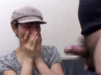 センズリ鑑賞と手コキ動画:【センズリ鑑賞】35歳美熟女アヤさんのオナニー鑑賞