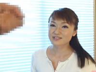 人妻熟女動画:素敵な歳の取り方をしてる美熟女奥様のセンズリ鑑賞