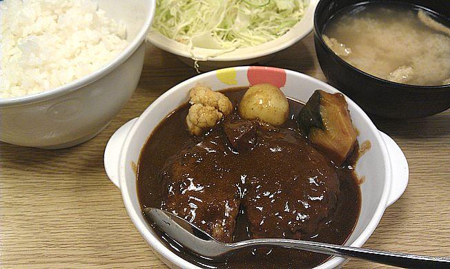 シチューハンバーグ定食