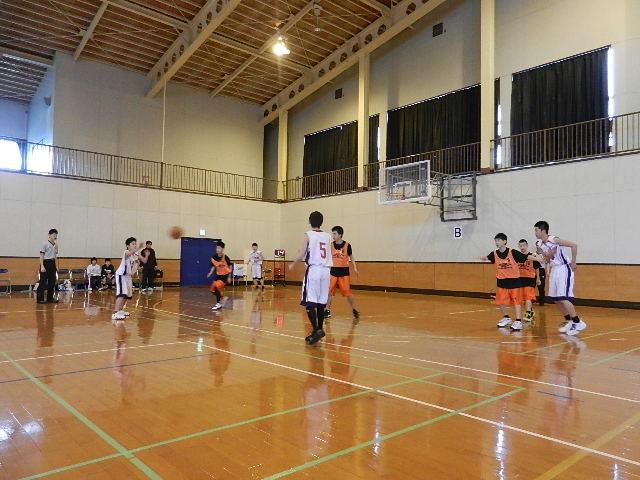 八中バスケ練習試合  秋田東戦 016