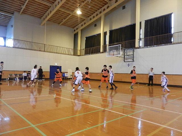 八中バスケ練習試合  秋田東戦 017