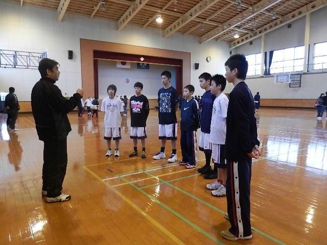 八中バスケ練習試合  秋田東戦 036