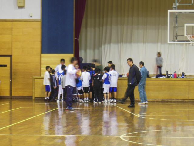 練習バスケ 006